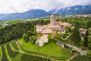 Italian medieval castle on sale for the first time in 650 years