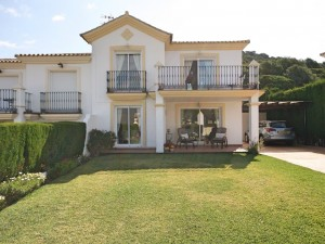 Villa For Sale in Alhaurin Golf , Málaga